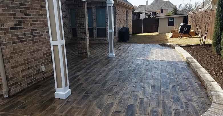 barnwood-concrete-pavers-2