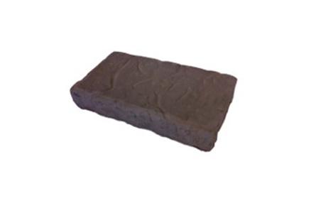 freestanding-retaining-wall-block-cap-stone-1